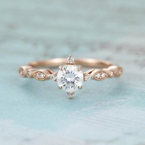 Vintage Design Diamond Ring HRD Certificate SS0003