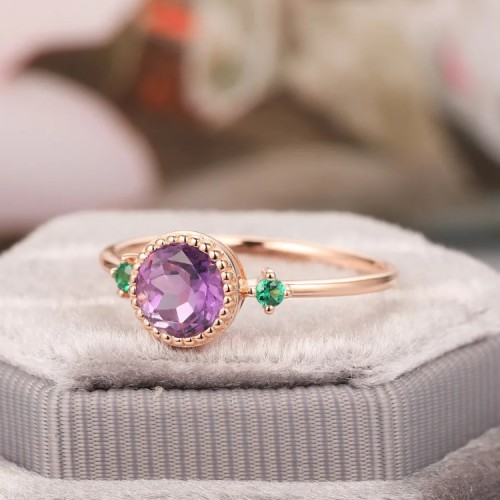 Amethyst & Emerald Stones Vintage Ring SS0070